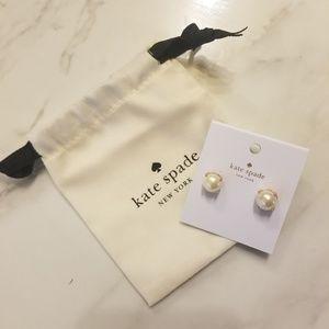Kate Spade Cream Pearl Earring Studs NWT